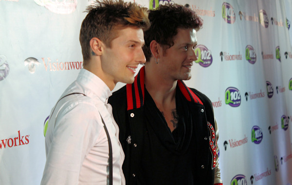 "<div class=""meta image-caption""><div class=""origin-logo origin-image ""><span></span></div><span class=""caption-text"">Hot Chelle Rae attends Q102's Jingle Ball 2012 presented by XFINITY, at Wells Fargo Center on December 5, 2012 in Philadelphia. (6abc/Brock Koller)</span></div>"