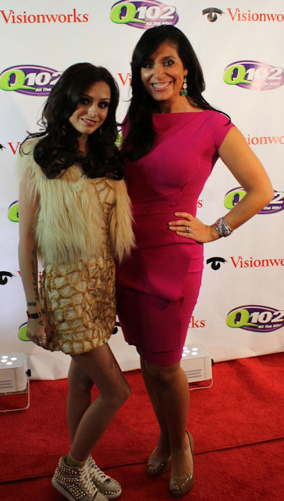 "<div class=""meta image-caption""><div class=""origin-logo origin-image ""><span></span></div><span class=""caption-text"">Action News reporter Alicia Vitarelli interviews Cher Lloyd at Q102's Jingle Ball 2012 presented by XFINITY, at Wells Fargo Center on December 5, 2012 in Philadelphia. (6abc/Brock Koller)</span></div>"
