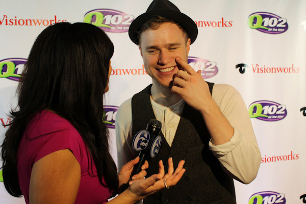 "<div class=""meta image-caption""><div class=""origin-logo origin-image ""><span></span></div><span class=""caption-text"">Action News reporter Alicia Vitarelli interviews Olly Murs at Q102's Jingle Ball 2012 presented by XFINITY, at Wells Fargo Center on December 5, 2012 in Philadelphia. (6abc/Brock Koller)</span></div>"