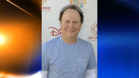 Actor Billy Billy Crystal arrives at the 20th anniversary Time for Heroes Celebrity Carnival sponsored by Disney to benefit the Elizabeth Glaser Pediatric Aids Foundation, Sunday, June 7, 2009, in Los Angeles. (AP Photo/Gus Ruelas)