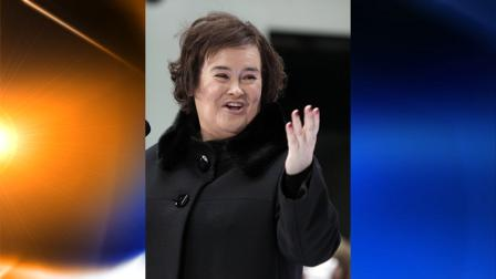Susan Boyle reacts to the audience during her performance on the NBC Today television program in New York Monday, Nov. 23, 2009. (AP Photo/Richard Drew)