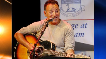 Bruce Springsteen sings as he sits on stage at Fairleigh Dickinson University Thursday, May 6, 2010, in Madison, N.J. Less than a week after his induction into New Jerseys Hall of Fame, rocker Springsteen performed and talked about song writing to students at Fairleigh Dickinson University. (AP Photo/Mel Evans, pool)