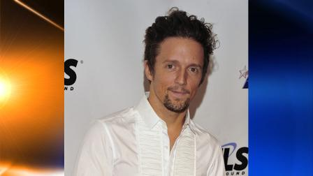 FILE - In this Jan. 29, 2010 file photo, Jason Mraz arrives at the MusiCares Person of the Year tribute honoring Neil Young in Los Angeles. (AP Photos/Vince Bucci, file)