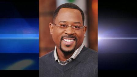 Actor Martin Lawrence makes an appearance on MTVs Total Request Live at MTV Studios, Tuesday, Feb. 5, 2008 in New York. Lawrence is promoting the release of his new film Welcome Home Roscoe Jenkins (AP Photo/Evan Agostini)
