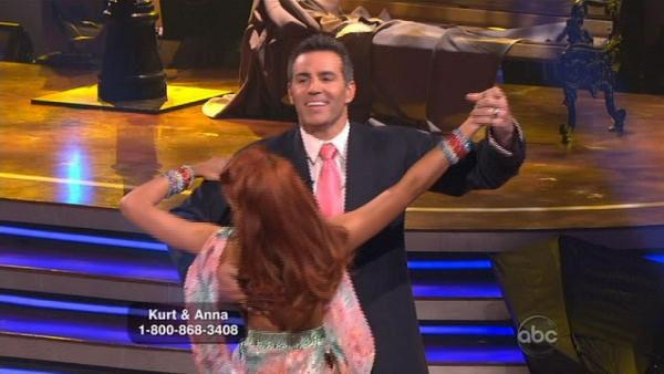 Kurt Warner and Anna Trebunskaya earned 23 points for their Waltz.