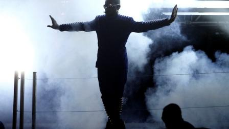 Usher performs at the 53rd annual Grammy Awards on Sunday, Feb. 13, 2011, in Los Angeles. (AP Photo/Matt Sayles)