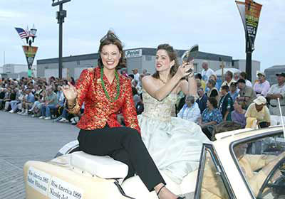"<div class=""meta image-caption""><div class=""origin-logo origin-image ""><span></span></div><span class=""caption-text"">Images from the Miss America Show Us Your Shows Parade (WPVI Photo)</span></div>"