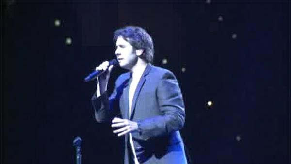 Josh Groban performs in Philly