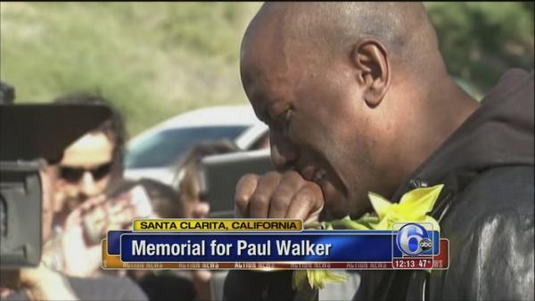 Tyrese visits Paul Walker's crash site