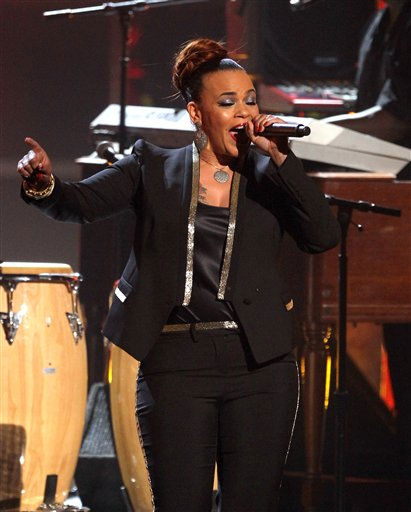 Faith Evans performs at the BET Awards on Sunday, July 1, 2012, in Los Angeles <span class=meta>(AP Photo)</span>
