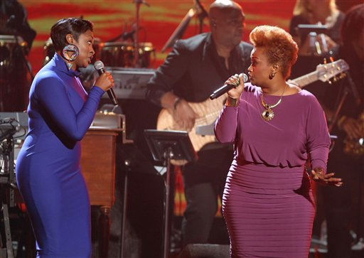 Jessica Reedy, left, and Amber Bullock perform at the BET Awards on Sunday, July 1, 2012, in Los Angeles <span class=meta>(AP Photo)</span>