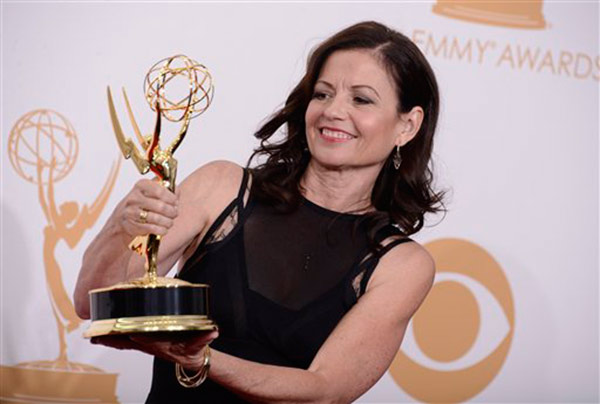 "<div class=""meta image-caption""><div class=""origin-logo origin-image ""><span></span></div><span class=""caption-text"">Director Gail Mancuso, winner of the best directing for a comedy series for 'Modern Family' poses backstage at the 65th Primetime Emmy Awards at Nokia Theatre on Sunday Sept. 22, 2013, in Los Angeles.   (Photo by Dan Steinberg/Invision/AP)</span></div>"
