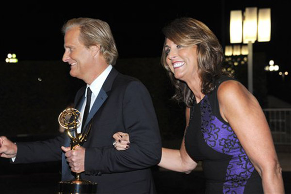 "<div class=""meta ""><span class=""caption-text "">Actor Jeff Daniels, winner of outstanding lead actor in a drama series for ""The Newsroom"" and his wife Kathleen Treado are seen at the Governors Ball at the 65th Primetime Emmy Awards at Nokia Theatre on Sunday Sept. 22, 2013, in Los Angeles.   (Photo by Richard Shotwell/Invision /AP)</span></div>"