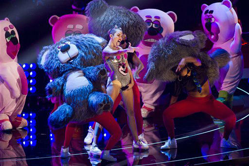 Miley Cyrus performs at the MTV Video Music Awards on Sunday, Aug. 25, 2013, at the Barclays Center in the Brooklyn borough of New York. &#40;Photo by Charles Sykes&#47;Invision&#47;AP&#41;  <span class=meta>(Photo&#47;Charles Sykes)</span>