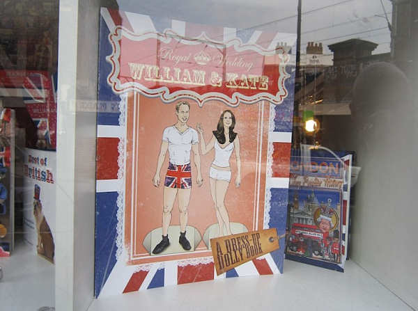 William and Kate - you can dress them up in paper royal regalia!