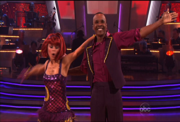 Sugar Ray Leonard & Anna Trebunskaya danced the Foxtrot during Week 1 of Season 12 of Dancing with the Stars. They received a score of 17.