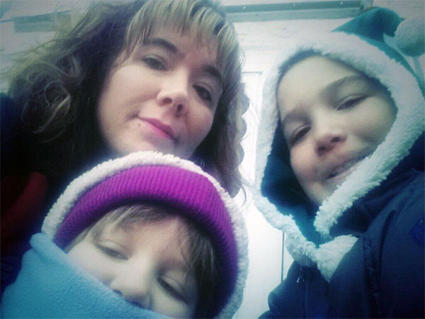 "Action News viewer Renee Gaskill posted this #6abcFrozenFaces pic on January 7, 2013: ""We r awake now! 5°."""