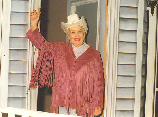 Legendary variety show host Sally Starr &#40;Photo Courtesy of Broadcast Pioneers of Philadelphia&#41; <span class=meta>(Broadcast Pioneers of Philadelphia)</span>