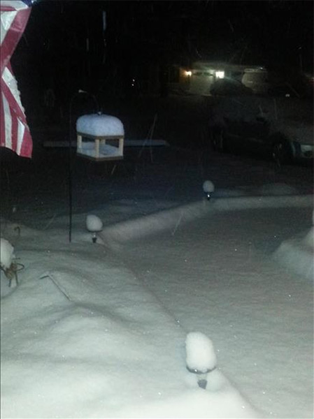 "January 29, 2014: An Action News viewer captured this scene: ""6 inches plus in Tuckerton, N.J. and still snowing!"""