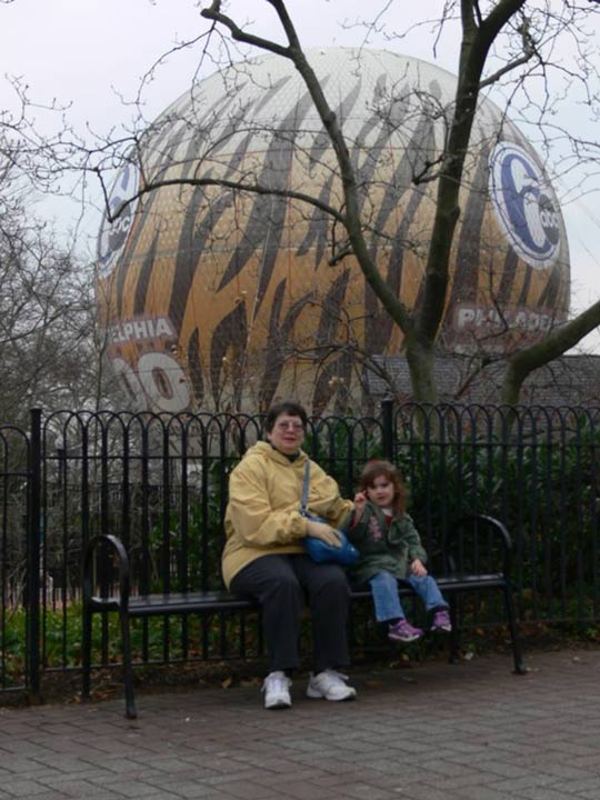 My mom and daughter with the #6abcZooBalloon in the background taken this past fall. - Eileen Lloyd Teti