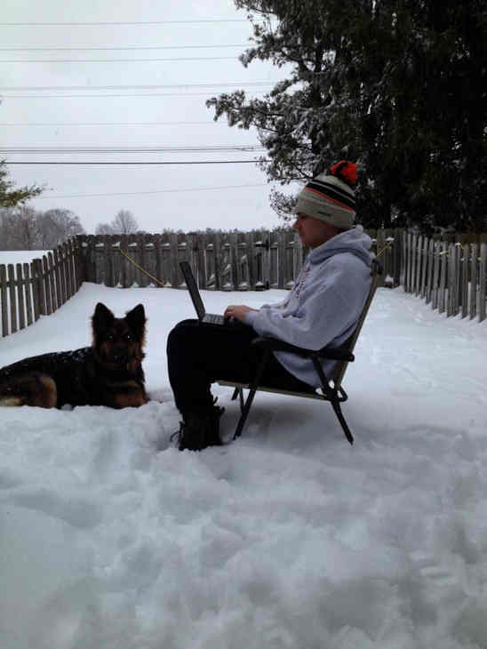 Working from home #6abcsnow <span class=meta>(James, Pennsylvania)</span>