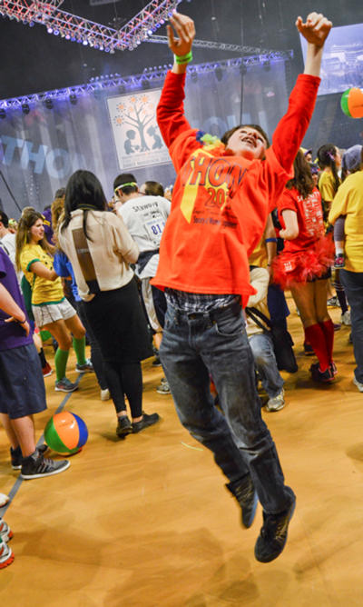 "<div class=""meta ""><span class=""caption-text "">Pictures from the 2013 The Penn State IFC/Panhellenic Dance Marathon, known as THON.</span></div>"