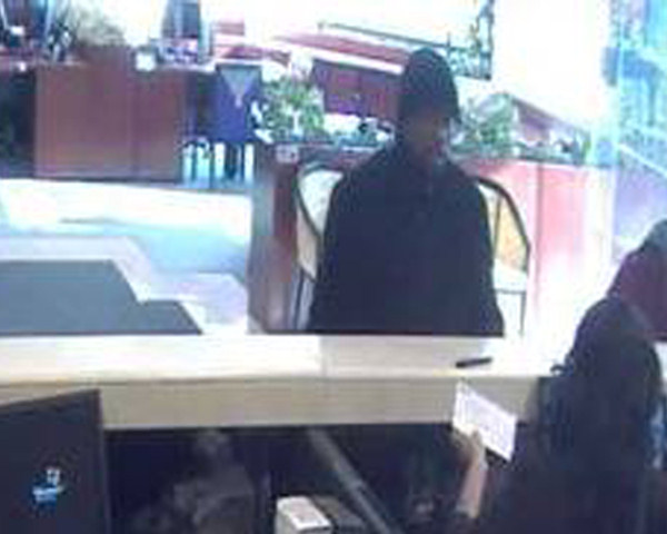 "<div class=""meta ""><span class=""caption-text "">The FBI says this man robbed four area banks in a matter of weeks. The suspect is described as a black male, late 20s to mid-30s, 5'9"" to 5'10"" tall, medium build, goatee, with dark-framed glasses. Anyone with information is urged to call the FBI at 215-418-4000.</span></div>"
