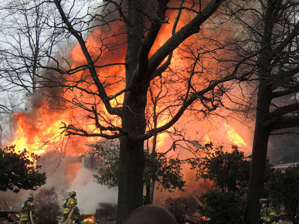 "<div class=""meta ""><span class=""caption-text "">Action News viewers sent in photos of the fire that broke out in Haddon Heights on February 23, 2013.  Photo submitted by Nadja Riggs.</span></div>"