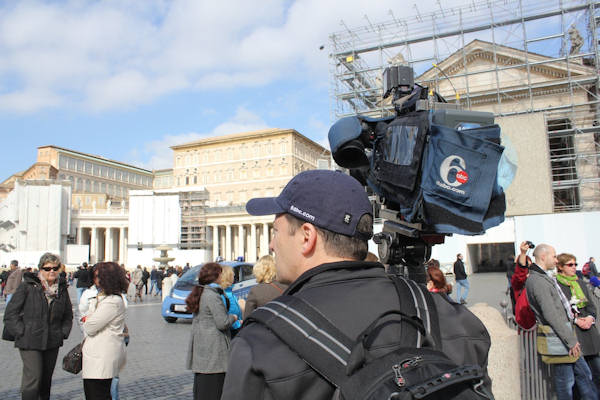"<div class=""meta image-caption""><div class=""origin-logo origin-image ""><span></span></div><span class=""caption-text"">Sunday, March 3, 2013: Another sight captured by Action News' Brian Taff and his crew in Rome.  They are on assignment, covering the selection of the next pope.</span></div>"