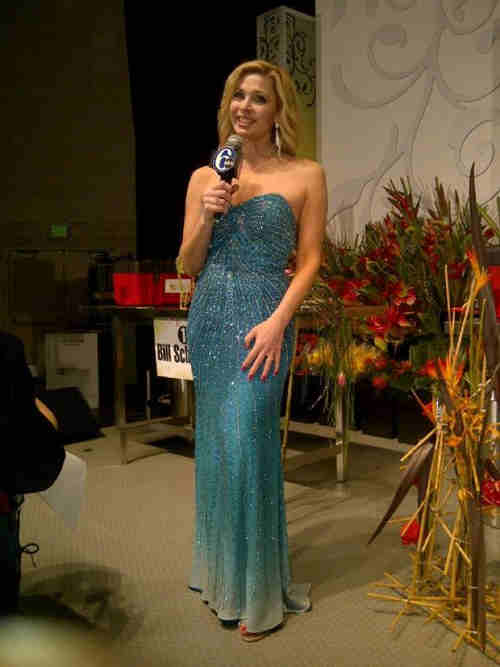 "<div class=""meta image-caption""><div class=""origin-logo origin-image ""><span></span></div><span class=""caption-text"">Meteorologist Karen Rogers all dolled up for the 2012 Philadelphia Flower Show preview.</span></div>"
