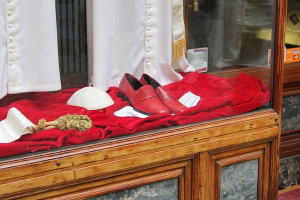 Tuesday, March 5, 2013: A view of the clothes to be worn by the next pope, on display in the shop of the tailor who created them.  Action News' Brian Taff and his crew are on assignment in Rome, covering the selection of the next pope.