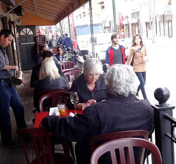 Pictured: Spring temps brought out the sidewalk diners for St. Patrick's Day Weekend! (Courtesy: South Street Headhouse District)