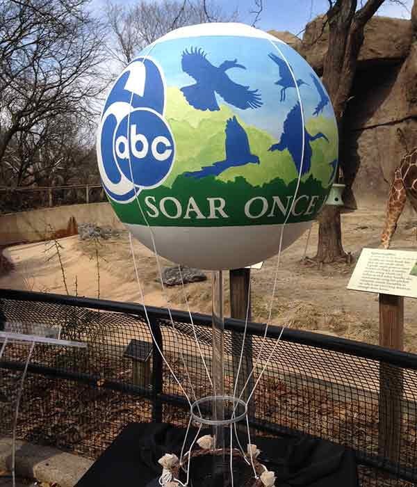 Mayor Michael Nutter, Philadelphia Zoo, in partnership with 6ABC, today announced that the Channel 6 ZooBalloon will return for a final season. After an overwhelming response from Zoo guests sharing fond memories of the balloon following its February 4, 2014 controlled deflation, Zoo officials and partners responded by offering guests a chance to Soar Once More in a new tethered helium balloon for the 2014 season.