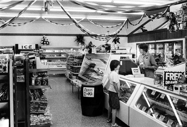 "<div class=""meta ""><span class=""caption-text "">Interior Shots of a Wawa circa 1970?s (Photo/Wawa)</span></div>"