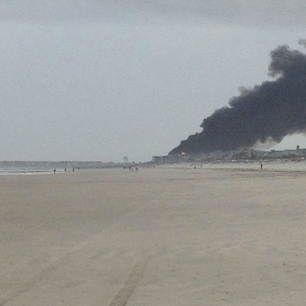 "<div class=""meta ""><span class=""caption-text "">Action News viewers captured photos of the flames and smoke in Sea Isle, New Jersey on April 18, 2014. (Kenneth Stoops via Sendit.6abc.com)</span></div>"