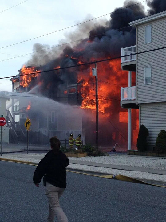Action News viewers captured photos of the flames and smoke in Sea Isle, New Jersey on April 18, 2014. (Antonio Velez @alvelez10)