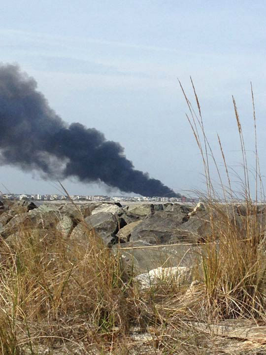 Action News viewers captured photos of the flames and smoke in Sea Isle, New Jersey on April 18, 2014. (Action News Viewer via Sendit.6abc.com)