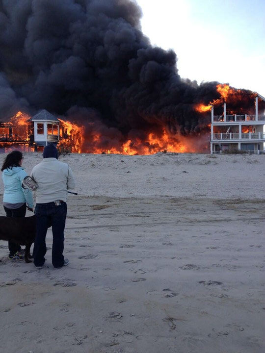 Action News viewers captured photos of the flames and smoke in Sea Isle, New Jersey on April 18, 2014. (Dominic DeCinque @DOMo_genesis_)