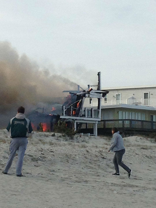 Action News viewers captured photos of the flames and smoke in Sea Isle, New Jersey on April 18, 2014. (Stephanie Antonik via Sendit.6abc.com)