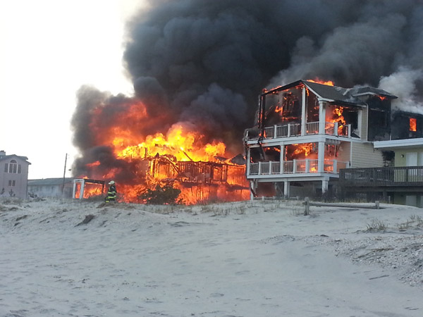 Action News viewers captured photos of the flames and smoke in Sea Isle, New Jersey on April 18, 2014. (Patrick Byrne via Sendit.6abc.com)