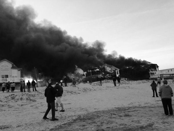 "<div class=""meta image-caption""><div class=""origin-logo origin-image ""><span></span></div><span class=""caption-text"">Action News viewers captured photos of the flames and smoke in Sea Isle, New Jersey on April 18, 2014. (Mike Nicoletti @Dumpstersnack)</span></div>"