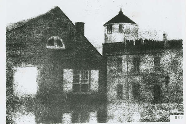 "<div class=""meta ""><span class=""caption-text "">Pictured: The first photograph taken in the United States (Courtesy of the Historical Society of Pennsylvania.)</span></div>"