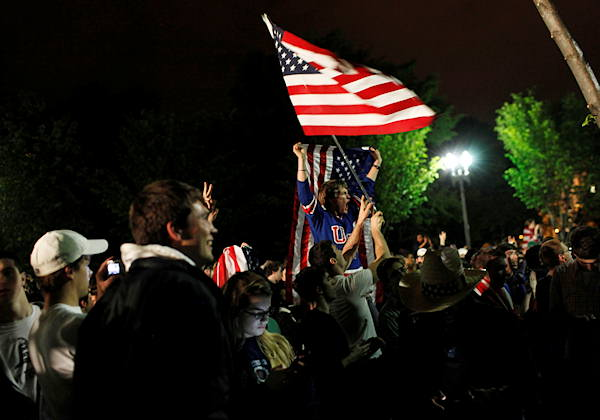 Crowds gathers outside the White House in Washington to celebrate after President Barack Obama announced the death of Osama bin Laden Sunday, May 1, 2011.  <span class=meta>(AP Photo&#47;Pablo Martinez Monsivais)</span>