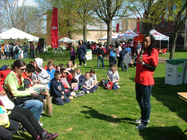 "<div class=""meta ""><span class=""caption-text "">Melissa Magee hosts EarthFest 2013</span></div>"