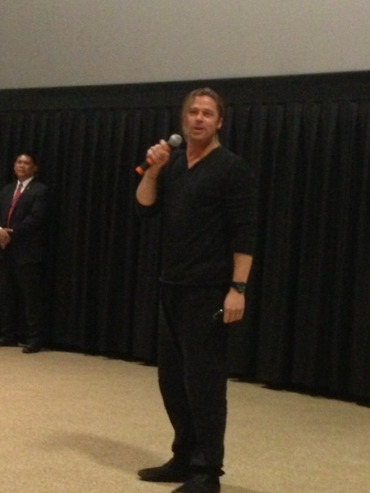 "<div class=""meta ""><span class=""caption-text "">Nik the Web Chick from Q102 sent 6abc.com these photos of Brad Pitt surprising fans at the screening of World War Z in King of Prussia on June 6, 2013. </span></div>"