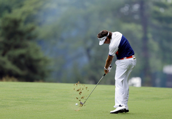 Bubba Watson hits down the second fairway during the first round of the U.S. Open golf tournament at Merion Golf Club, Thursday, June 13, 2013, in Ardmore, Pa. (AP Photo/Darron Cummings)