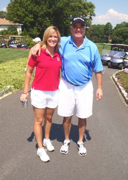 Jamie Apody and her dad Les, the golfer