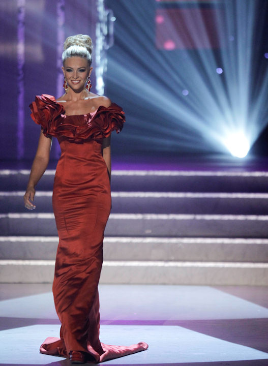 Courtney Hope Turner, Miss South Carolina competes in the evening gown competition during the 2011 Miss USA pageant, Sunday, June 19, 2011, in Las Vegas. (AP Photo/Julie Jacobson)