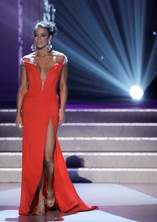"<div class=""meta ""><span class=""caption-text "">Madeline Mitchell, Miss Alabama, competes in the evening gown competition during the 2011 Miss USA pageant, Sunday, June 19, 2011, in Las Vegas. (AP Photo/Julie Jacobson) </span></div>"