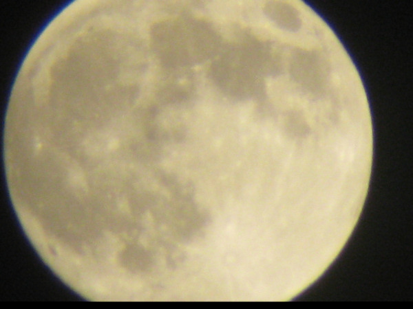 Action News viewers took out their cameras as a supermoon lit up the sky Sunday morning. A supermoon occurs when the moon is full and it's at the closet point to the earth - only 221,824 miles away. It's 14 percent larger and 30 percent brighter than an average full moon. Viewer Jesse Reyes sent in this photo of the supermoon in Bethlehem, Pa. on June 22, 2013.